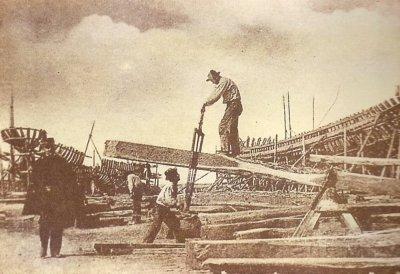 Barche in costruzione - Anno 1895