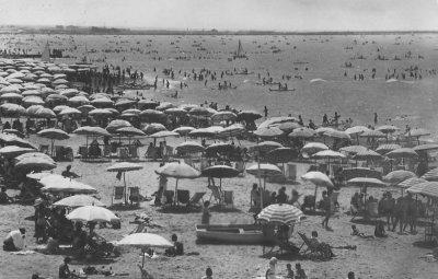 Spiaggia - Anno 1949