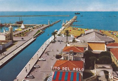 Panoramica sul porto - Anno 1976