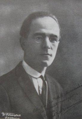 Biografia Alfredo Belluomini Viareggio