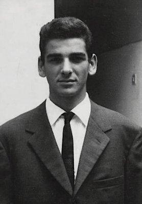 Biografia Giuliano Del Chiaro Viareggio