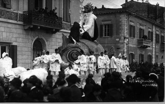 Nettuno mascherato di  - Carri piccoli - Carnevale di Viareggio 1921