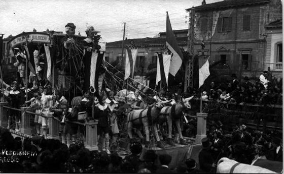 Pinocchio al paese dei balocchi di Angelo Malfatti - Carri piccoli - Carnevale di Viareggio 1921