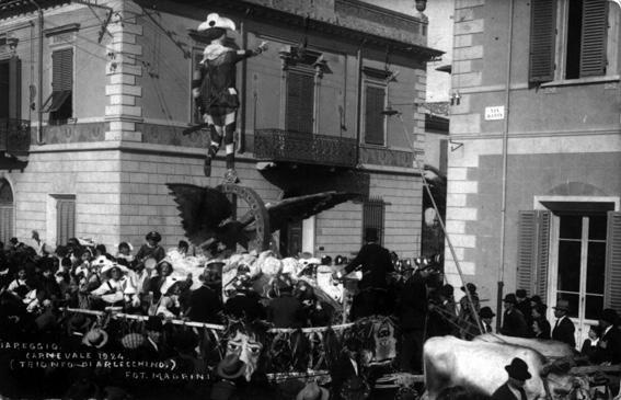 Arlecchino invita al carnevale di Viareggio di Ferrovieri Viareggio - Carri grandi - Carnevale di Viareggio 1924