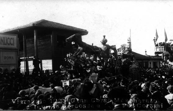 Invidia percossa di Mario Biancalana - Carri piccoli - Carnevale di Viareggio 1925