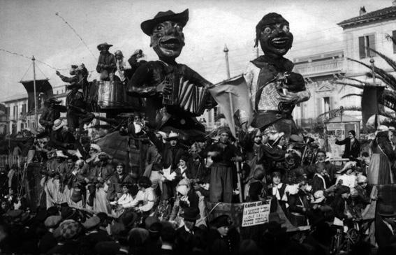 Il carnevale in campagna di Carlo Convalle - Carri grandi - Carnevale di Viareggio 1926