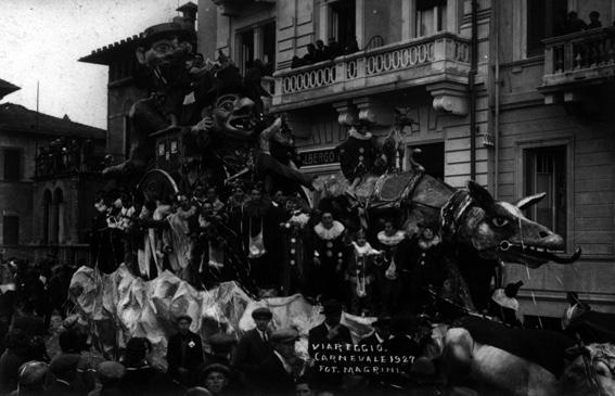 Auff Valencia di Alighiero Cattani - Carri grandi - Carnevale di Viareggio 1927