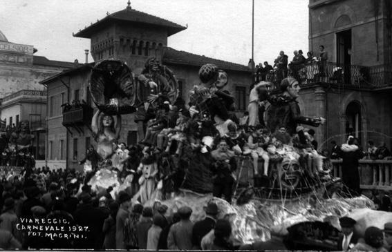 La beffa in pieno carnevale di Fabio Romani - Carri grandi - Carnevale di Viareggio 1927