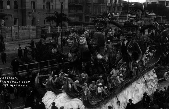 La cattura dello scacciapensieri di Carlo Convalle - Carri grandi - Carnevale di Viareggio 1927