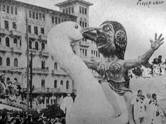 Leda e il cigno di Michele Pardini - Carri piccoli - Carnevale di Viareggio 1927