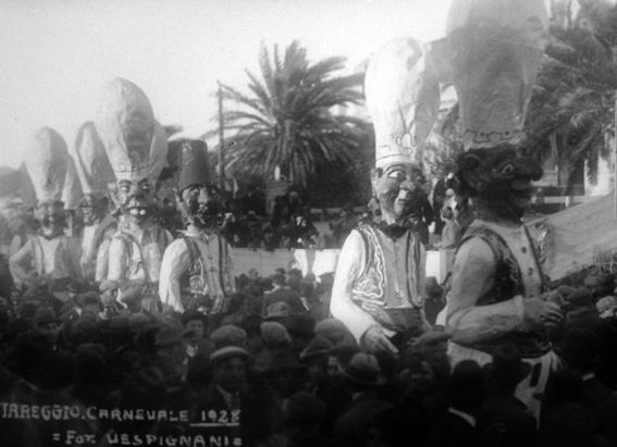 I guardiani dell harem di Marcello Di Volo e Alfredo Morescalchi - Mascherate di Gruppo - Carnevale di Viareggio 1928