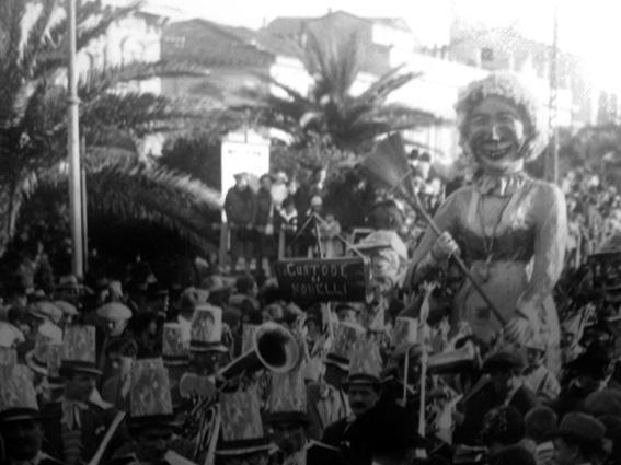 La custode delle scuole elementari di Barsella - Mascherate di Gruppo - Carnevale di Viareggio 1928