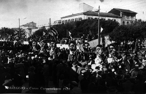 Testa grossa e cervello fino di Ubaldo Lubrano - Cavalcate - Carnevale di Viareggio 1928