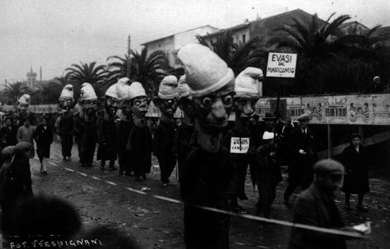 Evasi dal manicomio di Roberto Morescalchi - Mascherate di Gruppo - Carnevale di Viareggio 1929