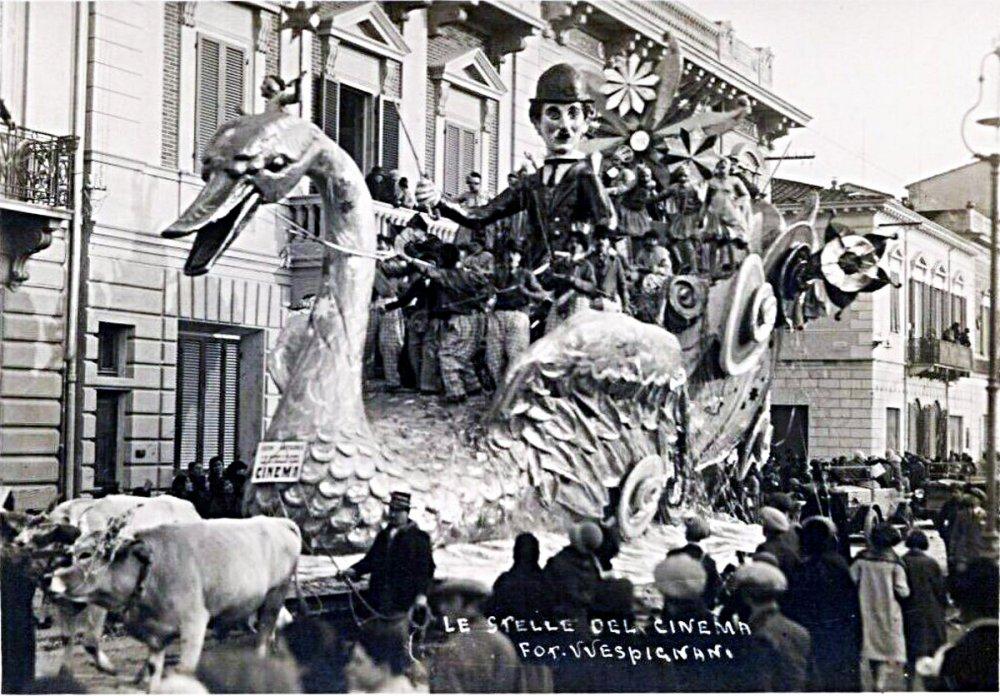 Le stelle del cinema di Michele Pescaglini - Carri grandi - Carnevale di Viareggio 1929