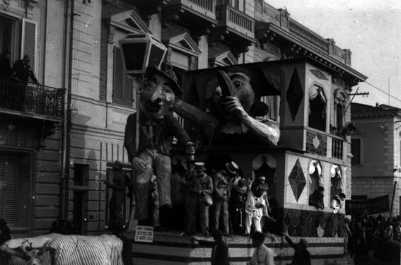 Se e vero che il mondo gira di Alighiero e Guglielmo Cattani - Carri piccoli - Carnevale di Viareggio 1929