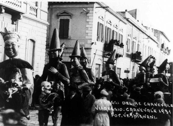 I saggi consigli di Re carnevale di Alfredo Morescalchi - Mascherate di Gruppo - Carnevale di Viareggio 1931