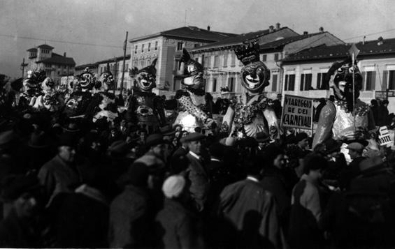 Don Chisciotte di Giulio Giorgetti - Maschere Isolate - Carnevale di Viareggio 1932