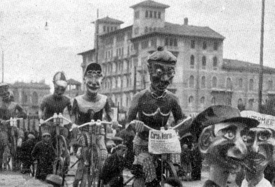 La corsa dei veterani di Armando Ramacciotti - Mascherate di Gruppo - Carnevale di Viareggio 1933