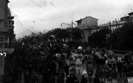 Concorso internazionale balconi fioriti di Ademaro Musetti - Mascherate di Gruppo - Carnevale di Viareggio 1934