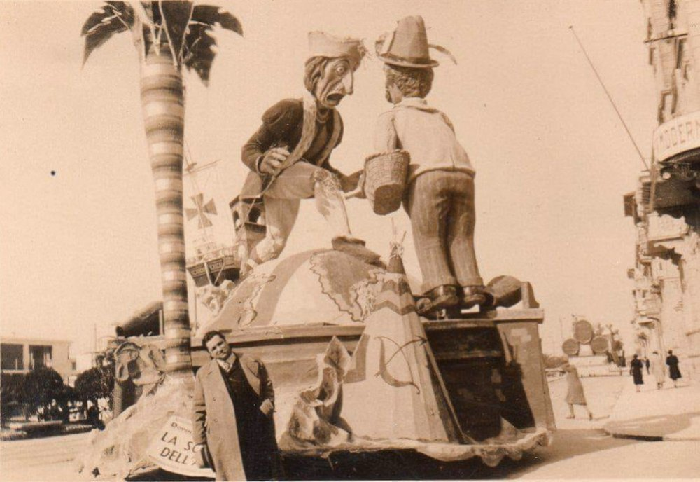 La scoperta dell'America di Dopolavoro Lucca - Altri Carri - Carnevale di Viareggio 1934