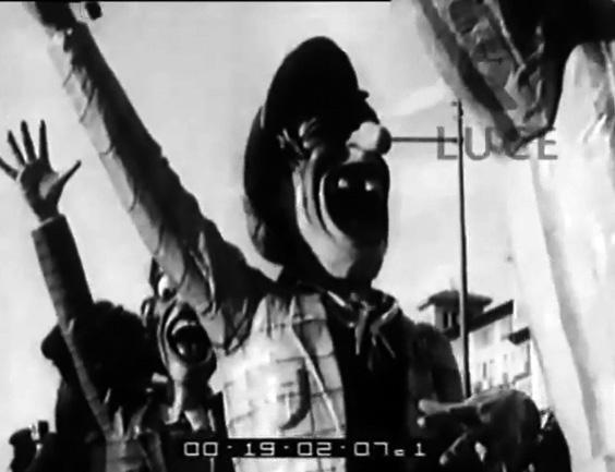 I tifosi di Alfredo Morescalchi - Mascherate di Gruppo - Carnevale di Viareggio 1935