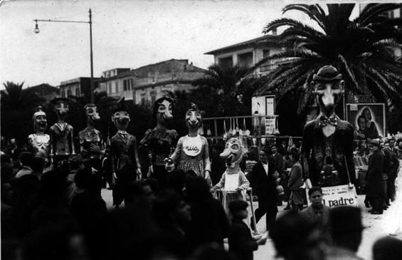 Tal padre, tal figlio di Fortunato Pardini - Mascherate di Gruppo - Carnevale di Viareggio 1937