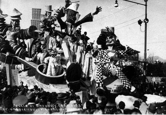 Follie di Broadway di Carlo e Francesco Francesconi - Carri grandi - Carnevale di Viareggio 1938