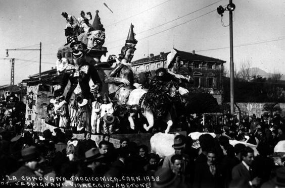 I pagliacci tragicomici ovvero carovana tragicomica di Guido Baroni - Carri piccoli - Carnevale di Viareggio 1938