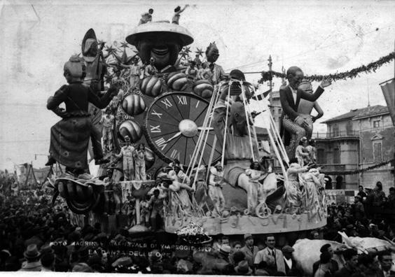 La danza delle ore di Alfredo e Michele Pardini - Carri grandi - Carnevale di Viareggio 1939