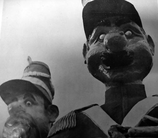 La fortezza inespugnabile di Dopolavoro Balipedio Regia Marina - Mascherate di Gruppo - Carnevale di Viareggio 1939