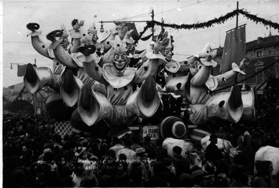 La grande risata di Carlo e Francesco Francesconi - Carri piccoli - Carnevale di Viareggio 1939