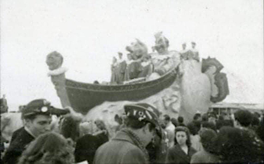 La rinascita del carnevale di Raffaello Tolomei e Antonio Francesconi - Carri grandi - Carnevale di Viareggio 1946