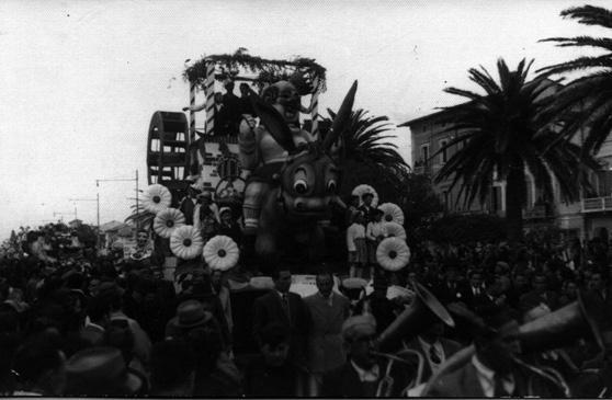 Ritorna carnevale di Cinquini, Lazzari, Orazio - Fuori Concorso - Carnevale di Viareggio 1946
