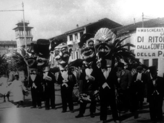 Ritorno dalla conferenza della pace di Carlo Bomberini - Mascherate di Gruppo - Carnevale di Viareggio 1946