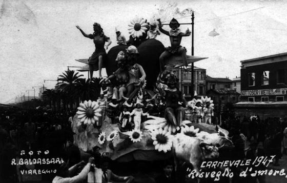 Carnevale risveglia amor di Oreste Lazzari, Orazio D'Arliano - Carri piccoli - Carnevale di Viareggio 1947