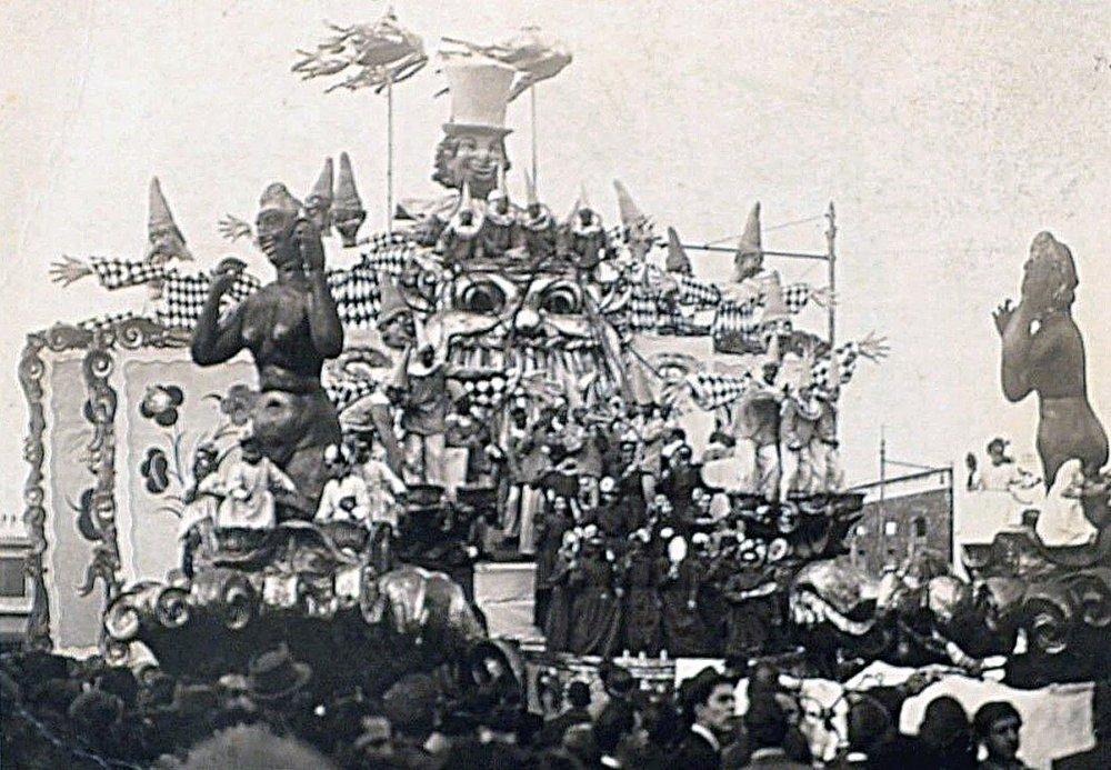 Il teatro della vita di Renato Santini - Carri grandi - Carnevale di Viareggio 1947
