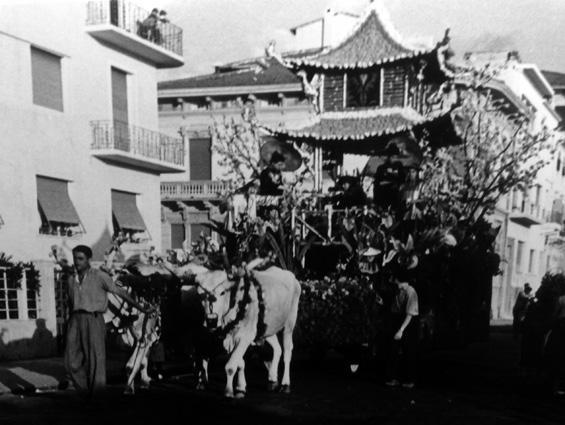 Giardino d'Oriente di  - Carri Fioriti - Carnevale di Viareggio 1950