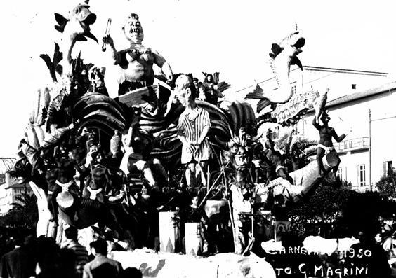 In un mare di guai di Fabio Romani - Carri piccoli - Carnevale di Viareggio 1950