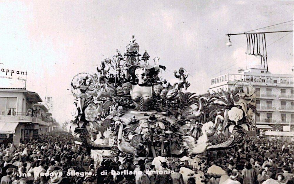 Una vedova allegra di Antonio D'Arliano - Carri grandi - Carnevale di Viareggio 1950