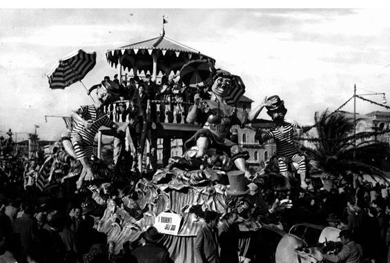 I bagnanti dell'Ottocento di Orazio D'Arliano - Carri piccoli - Carnevale di Viareggio 1952