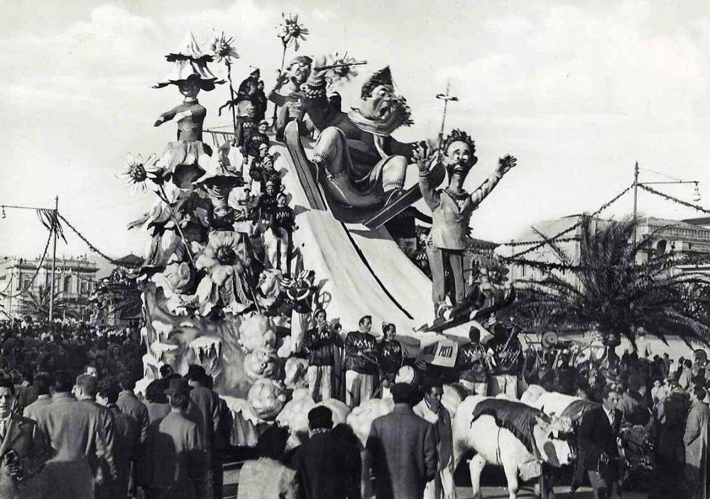 Pista...pista di Arnaldo Galli - Carri piccoli - Carnevale di Viareggio 1952