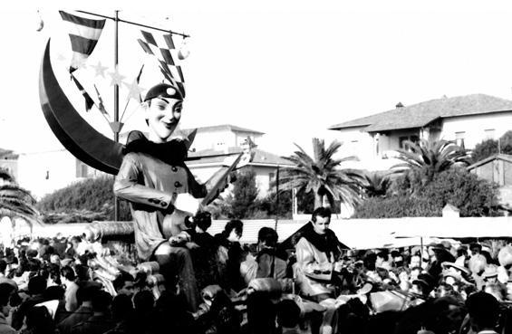 Serenata al chiar di luna di Orazio D'Arliano - Complessi mascherati - Carnevale di Viareggio 1954