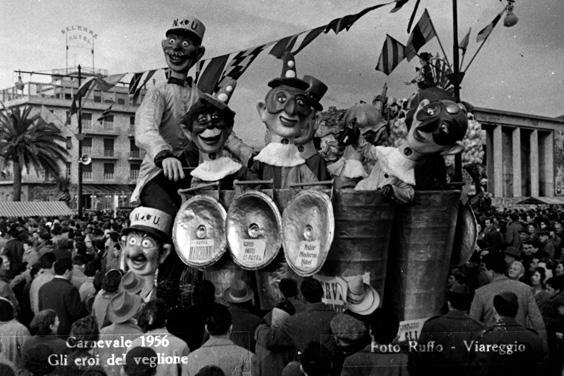 Gli eroi del veglione di Carlo Bomberini - Complessi mascherati - Carnevale di Viareggio 1956