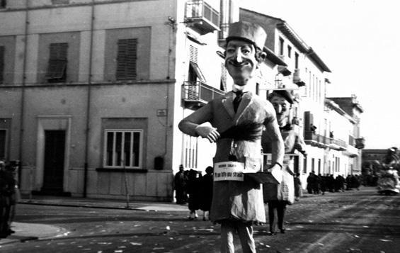 Mi sono fatto una strada di Giuseppe Francesconi - Maschere Isolate - Carnevale di Viareggio 1956