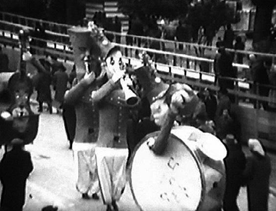 Strumenti in libertà di Giovanni Pardini - Mascherate di Gruppo - Carnevale di Viareggio 1956