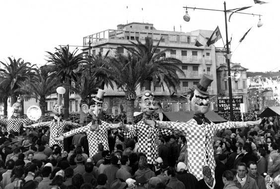 Volare ad ogni costo di Serafino Beconi - Mascherate di Gruppo - Carnevale di Viareggio 1956