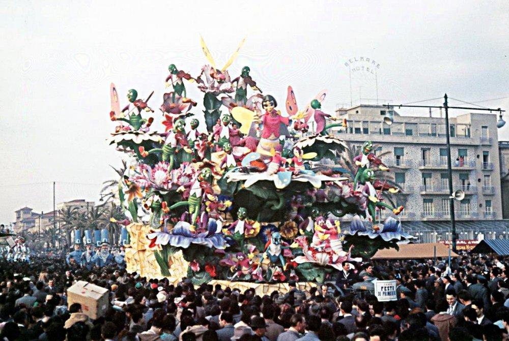 Festa di Primavera di Carlo Francesconi e Sergio Barsella - Carri grandi - Carnevale di Viareggio 1957