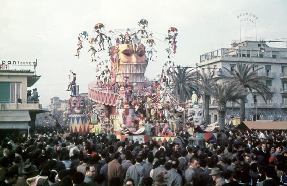 Le maschere di Michele Pardini e Ademaro Musetti - Carri grandi - Carnevale di Viareggio 1957