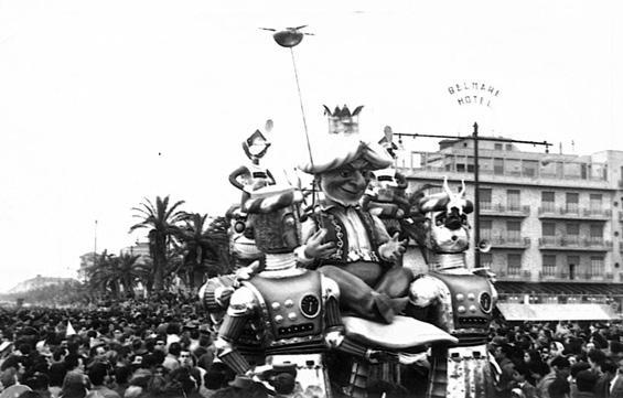 Duemila e una notte di Renato Galli - Complessi mascherati - Carnevale di Viareggio 1958